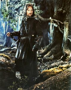 Aragorn: King of Gondor Fellowship Of The Ring, Lord Of The Rings, Jackson, Concerning Hobbits, Frodo Baggins, O Hobbit, J. R. R. Tolkien, Viggo Mortensen, Into The West