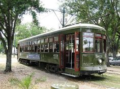 Planning on taking the St Charles Streetcar to go see the Garden District!  Who doesn't love a street car?
