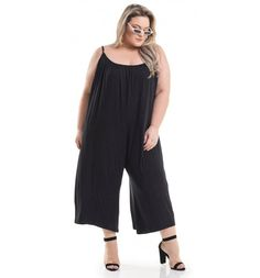 Macacão Amplo Pantacourt Preto Miss Masy Plus - Miss Masy Plus Looks Plus Size, Moda Plus Size, Ideias Fashion, Summer Outfits, Jumpsuit, My Style, Pants, Inspiration, Dresses