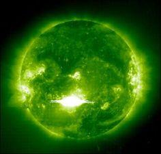 Google Image Result for http://images.wikia.com/spore/images/e/e8/Green_Sun.jpg
