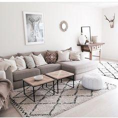"@latelierpastel on Instagram: ""Crédit : @benedictemadeleine  Crédit Home Living Room, Apartment Living, Interior Design Living Room, Living Room Designs, Living Room Decor, Decor Room, Bedroom Decor, Home Decor, Minimalist Furniture"