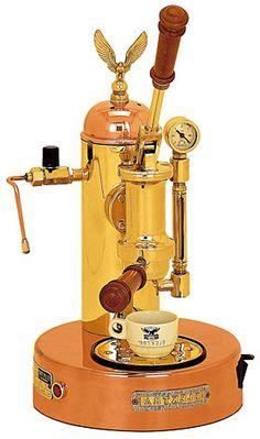 Maquina de cafe Division Casa modelo A Palanca   Microcasa A Palanca. Carroceria en Laton y Cobre.Peso-Weight: 10 kg. 1 Ano de Garantia 110-230 V. de tension, 1,8 litros de capacidad de calderaPalanca,cafe,Casa,Division,Maquina,modelo... Eur:1888 / $2511.04