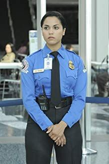 Lie To Me : saison 1 monica raymund en uniforme Gabby Dawson, Gabriela Dawson, Chicago Girls, Chicago Med, Lie To Me, Spartan Women, Monica Raymund, Female Police Officers, Female Cop
