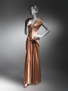 Evening dress (image 2) | Charles James | American | 1945 | silk |  Brooklyn Museum Costume Collection at The Metropolitan Museum of Art | Accession Number: 2009.300.1860