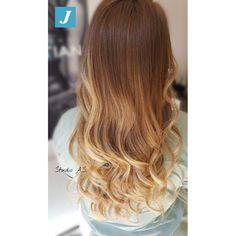 Indossa le sfumature di colore firmate Degradé Joelle  #centrodegradejoelle #studioasparrucchieri #degrade #degradejoelle #madeinitaly #musthave #ootd #naturalshades #hair #hairstyle #hairstylist #coolhair #fashion #glamour #igersgrosseto #grosseto