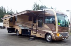 Lew's Guy Stuff© : Used Class A B C RV's, Fifth Wheels, Travel Traile...