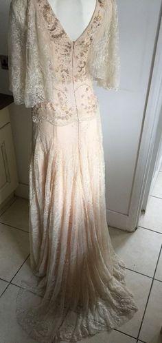 Vintage Style Wedding Dress, Size 10 - Blush / Pink Tones With Bat Wing Sleeves  | eBay