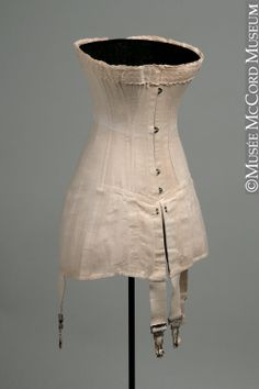 Corset Dominion Corset Co. About 1910-1920, 20th century Cotton coutil Gift of Centre national du costume M2009.41.12.1-2