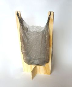 Good idea for camping. Wooden Shopping Bag trash bin-if it is short enough I…