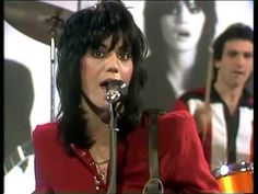 Joan Jett & The Blackhearts - Do you wanna touch me 1982