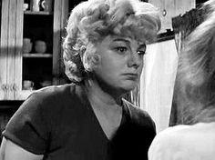 """Shelley Winters: Oscar a la mejor actriz de reparto 1965 por """"Un retazo de azul"""""""