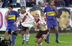 2001 - Gol de Cambiasso (River 1 - Boca 1)