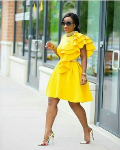 10 Awesome Guest Summer Wedding Outfit Ideas Being a wedding guest in the summer can be tricky, especially when you don't have a big budget but want to find a beautiful dress. These summer wedding outfits for guests are all cheap which … African Attire, African Wear, African Fashion Dresses, African Dress, Cute Dresses, Beautiful Dresses, Short Dresses, Skater Dresses, 50s Dresses