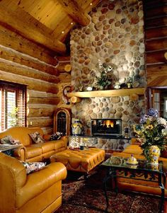 Geneva - Custom handcrafted log homes by Maple Island Log Homes
