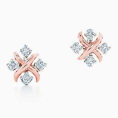 Tiffany & Co. Schlumberger® Lynn earrings in rose gold with diamonds. Tiffany And Co Earrings, Tiffany And Co Jewelry, Gold Jewelry, Small Earrings, Stud Earrings, Latest Ring Designs, Diamond Earrings Indian, Silver Bar Necklace, Silver Earrings