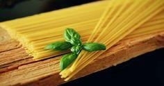 Chi ha inventato la Pasta? La pasta è un piatto tipico italiano, o perlomeno è quanto ci viene tramandato da generazioni. All'italiana si dice ...