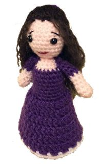 Lonemer Creations: Little Elsa - Free Amigurumi Doll Pattern