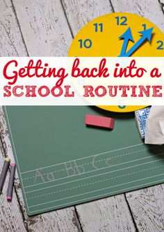 Tips and tricks for getting back into a school routine for families and parents - including sleep, bedtimes, refreshing the medicine supplies and more from This Mama Loves. Back To School Highschool, Back To School Hacks, Back To School Supplies, Back To School Activities, Going Back To School, School Fun, Math Activities, School Ideas, Tips And Tricks