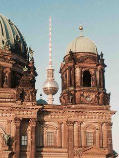 Berliner Dom Fernsehturm Museumsinsel Dom, Taj Mahal, Berlin, Building, Travel, Viajes, Buildings, Destinations, Traveling