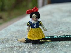 miniature crochet doll  Snow White  amigurumi by KanoonAobaoon