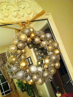 The Penny Parlor: Dollar Store Christmas Ball Wreath