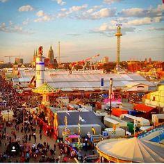 "69 Likes, 1 Comments - Oktoberfest (@oktoberfest_posts) on Instagram: ""Gorgeous Oktoberfest photo in #Munich by @dergriechey #weekend #oktoberfest #travelgram…"""