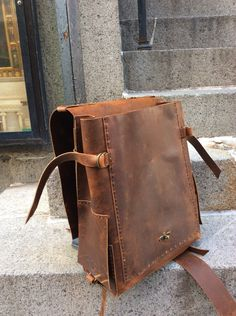 Custom backpacks Mens leather weekender Custom made