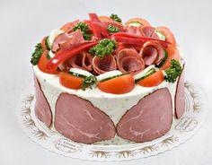 Liha-voileipäkakku