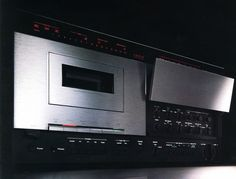 Nakamichi 700ZXL - one of the great cassette decks from the early 80s. - www.remix-numerisation.fr