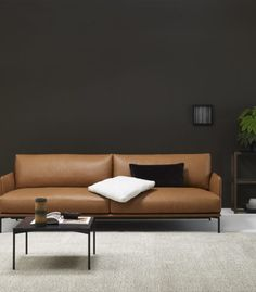 Inspirational image - The most comprehensive selection of Finnish and Scandinavian design online. Rustic Leather Sofa, Real Leather Sofas, Genuine Leather Sofa, Best Leather Sofa, Modern Leather Sofa, Sofa Design, Interior Design, Design Bedroom, Sofa Furniture