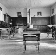 Photo of an interior of eastern Oregon one-room county school. Seven pupils enrolled. 8:45 a.m. Between Pleasant Valley and Durkee, Baker County, Oregon, October 1939.