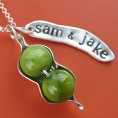 peas in a pod necklace mannhm