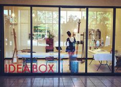 Idea Box, located just inside the Main Library entrance,provides adynamicparticipatory community experience. Visitors areencouraged to tinker, learn and play inside the dedicated 9' x 13' space.