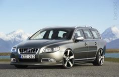 another great volvo v70, with big rims
