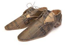 Smart Shoes - Mark O'Brien - MOB Cardboard