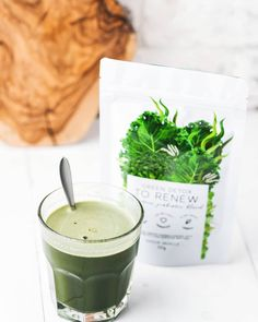 GREEN DETOX - TO RENEW by Unique Muscle is a super healthy, super greens blend designed to have you feeling energised and revitalised, a brand new you! Helping with any digestive problems and improving overall gut health! Barley Grass, Pantothenic Acid, Super Greens, One With Nature, Everyday Food, How To Increase Energy, Herbal Medicine, Natural Flavors, Vitamins And Minerals