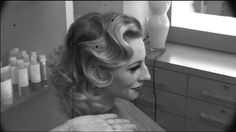 HOW TO: The Absolute PERFECT Fingerwave | Modern Salon