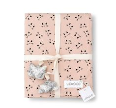 LIEWOOD duvet bedding set- cat rose blush sizes available) Bed Quilts, Quilt Bedding, Linen Bedding, Bed Linen, Nursery Bedding, Quilt Cover Sets, Quilt Sets, Cot Bedding Sets, The Perfect Girl