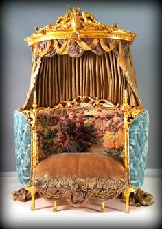 Mouse over image to zoom  Have one to sell? Sell it yourself Miniature Duchesse Daybed