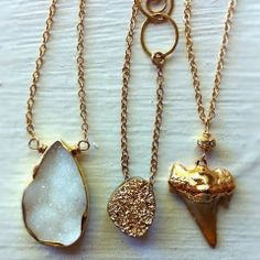 How to Chic: SHARK TOOTH NECKLACE - TREND