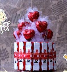 DIY chocholate & bonbon heart cake - romantic gift // Kinder csoki és marcipán szív csokor torta házilag - kreatív ajándék // Mindy - craft tutorial collection
