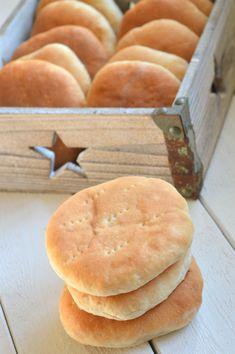Klassiska tekakor Pizza Dough, Bread Baking, Cookies, Breakfast, Cake, Desserts, Meals, Scandinavian Recipes, God