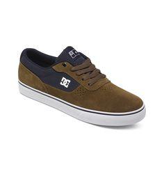 Switch S - DC Shoes Skate Schuhe für Männer  Switch S Skate Schuhe von DC Shoes. Die Eigenschaften dieses Produkts sind: Obermaterial aus Super Suede, ausgezeichnete Haltbarkeit bei bester Passform & Komfort und Blind-Nahtkonstruktion für mehr Haltbarkeit. Dieses Produkt besteht aus: Obermaterial: Leder/Innenfutter: Textil/Außensohle: Gummi.  Merkmale:  Skate Schuhe, Obermaterial aus Super Sued...
