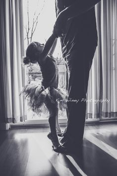 Love this daddy daughter picture