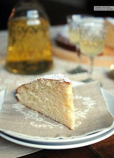 Bizcocho de vino dulce y limón #recetas #postres #limón