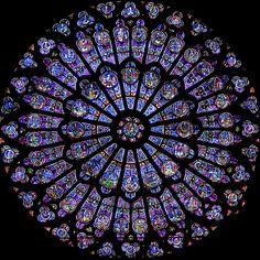 Fenêtre de Rose, Notre Dame de Paris. Paris, France