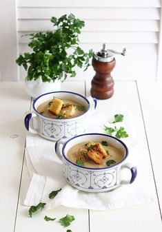 Roasted Cauliflower Soup | Vegazone