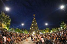 A cidade de Manaus já entra no clima das festas de final de ano com a programação repleta de música, teatro, dança e também a inauguração da árvore natalina e da Casa do Papai Noel.