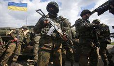 Combatentes do Setor de Direita e da Guarda Nacional ucraniana irão em breve lançar um ataque ao aeródromo de Slavyansk, informou um coordenador das forças de autodefesa d