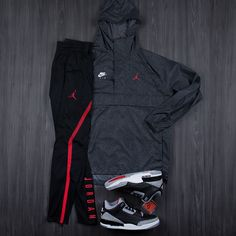 """Foot Locker on Instagram  """"Fitted.  Jordan 3 Apparel now available in-store  and online."""" Moda Masculina UrbanaRopa ... 08198396fa98"""
